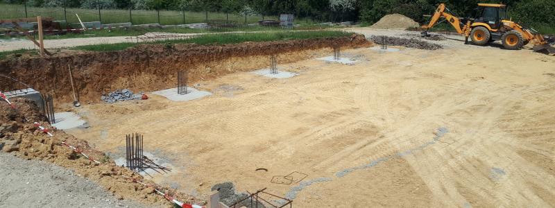 Elkezdődőtt a Törökbálinti DIEGO raktár, bemutatóépület és oktatási központ szerkezetépítési mnukái